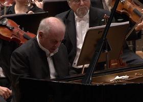 Daniel Barenboim, Barenboim/Dudamel - Brahms: The Piano Concertos (Trailer)