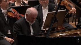 Gustavo Dudamel, Barenboim/Dudamel - Brahms: The Piano Concertos (Trailer)