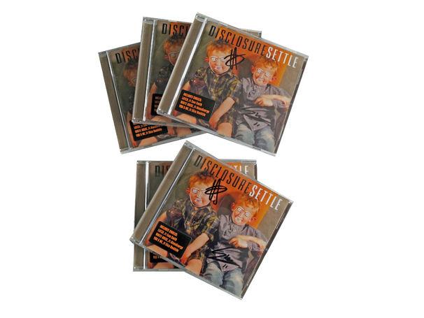Disclosure, Sichert euch eine von fünf signierten Settle-CDs von Disclosure und stimmt euch auf das Album Caracal ein
