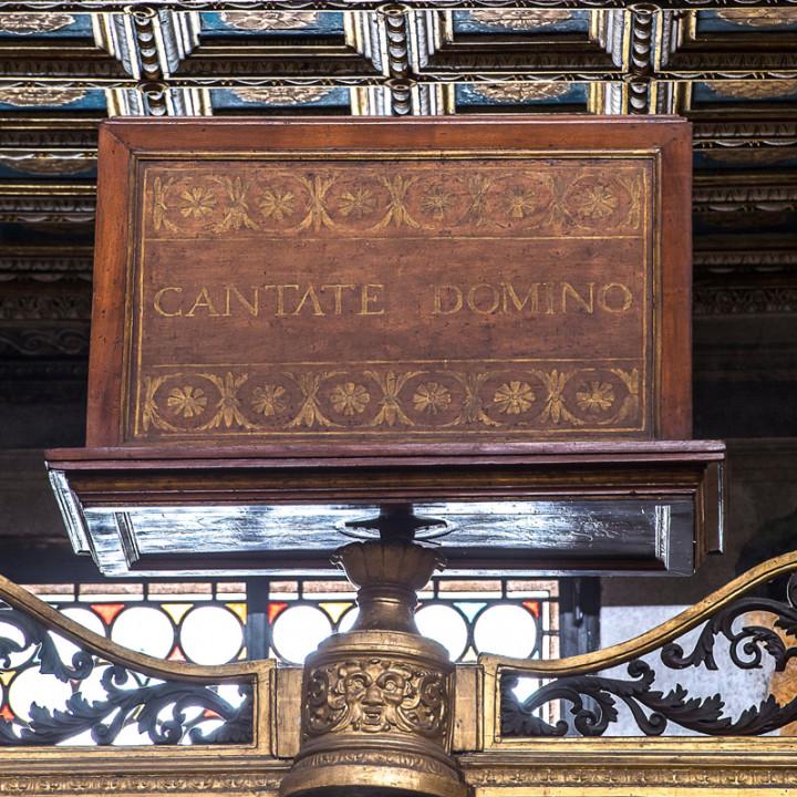 Sängerkanzel der Sixtinischen Kapelle