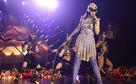 Katy Perry, Einschalten: Am 31. Dezember 2015 strahlt 3Sat Katy Perrys Prismatic-Show aus