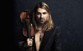 David Garrett, Neues von David Garrett: Gewinnt jetzt signierte Rock Symphonies-Alben