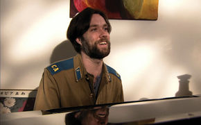 Rufus Wainwright, Der Himmel über Paris – Rufus Wainwright veröffentlicht eine Studio-Einspielung seines gefeierten Operndebüts Prima Donna