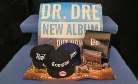 Dr. Dre, CD, Caps, Poster, Feuerzeuge: Gewinnt Dr. Dre Fanpakete - präsentiert von New Era Europe