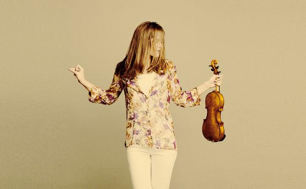 Janine Jansen, Nobelpreis 2016 – Janine Jansen spielt Brahms beim Gala-Konzert in Stockholm