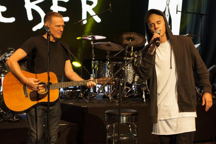 Universal Inside - Adams & Bieber - 2015