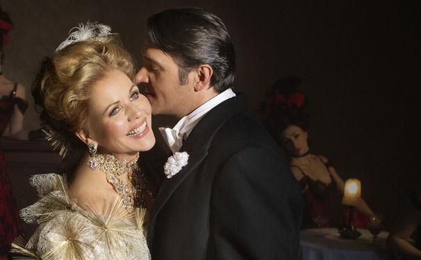Renée Fleming, Champagner-Laune! Franz Lehárs The Merry Widow auf DVD