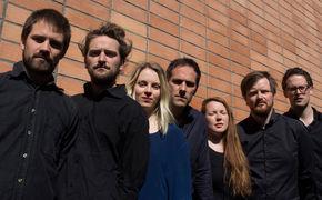Thomas Strønen, Sieben Musiker, drei Trios: Thomas Strønen stellt sein neues Akustikensemble Time Is A Blind Guide vor