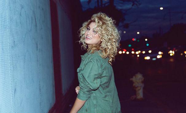 Tori Kelly, Tori Kelly veröffentlicht ihr Debüt-Album Unbreakable Smile