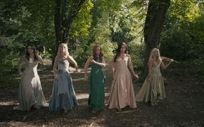 Celtic Woman, Tír na nÓg – Celtic Woman im Duett mit Oonagh