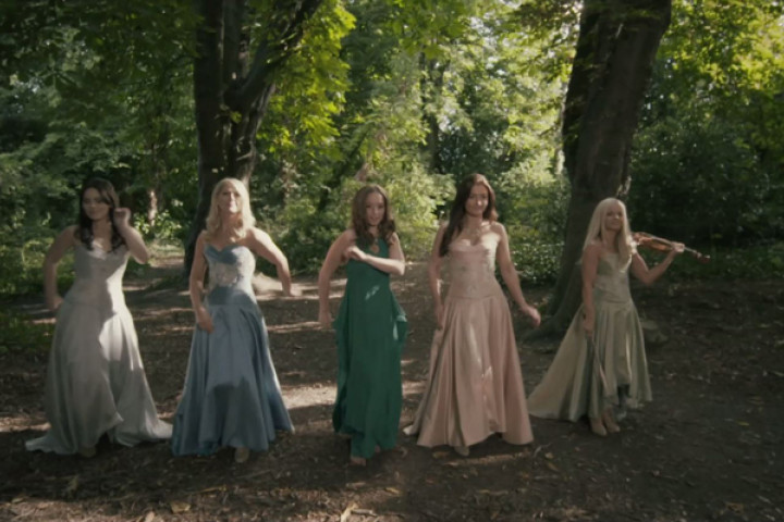 Celtic Woman, Oonagh