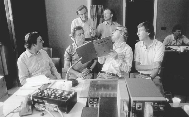 Alfred Brendel, Digitale Feierlaune - die schönsten Aufnahmen von Alfred Brendel bei Spotify und Apple Music