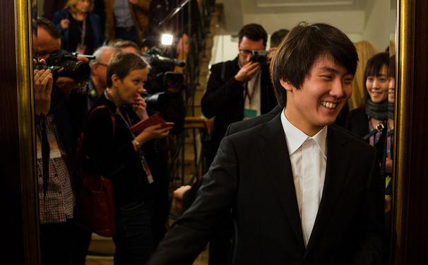 Seong-Jin Cho, Überflieger an den Tasten: Seong-Jin Cho gewinnt den Chopin-Wettbewerb!