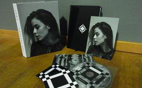 Lena, Tolle News für Lena Fans: Gewinnt jetzt auf Backstage eine Crystal Sky Limited Fan Box