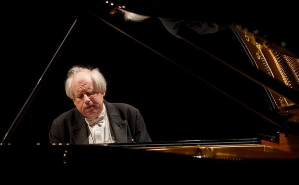Grigory Sokolov, Legendärer Gewinn: Konzerttickets für Grigory Sokolov