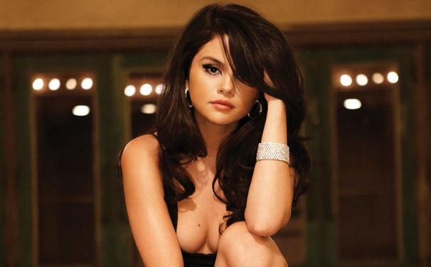 Selena Gomez, Hands To Myself mal drei: Selena Gomez veröffentlicht Remix-EP