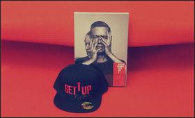 Bryan Adams, Gewinnt die Get Up Special Deluxe Edition inklusive einer von Bryan Adams signierten Snapback-Cap