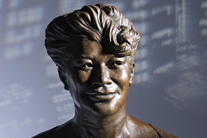 Ella Fitzgerald - Bronze-Skulptur 2015