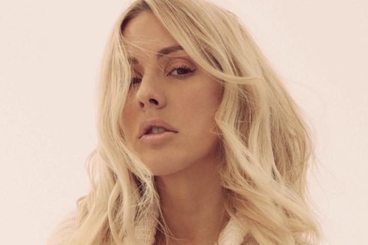 Ellie Goulding Legendary Shot 2
