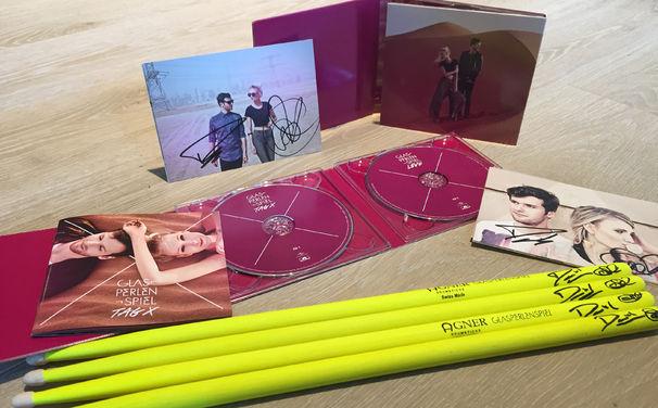 Glasperlenspiel, Gewinnt signierte Glasperlenspiel Drumsticks und das Album Tag X