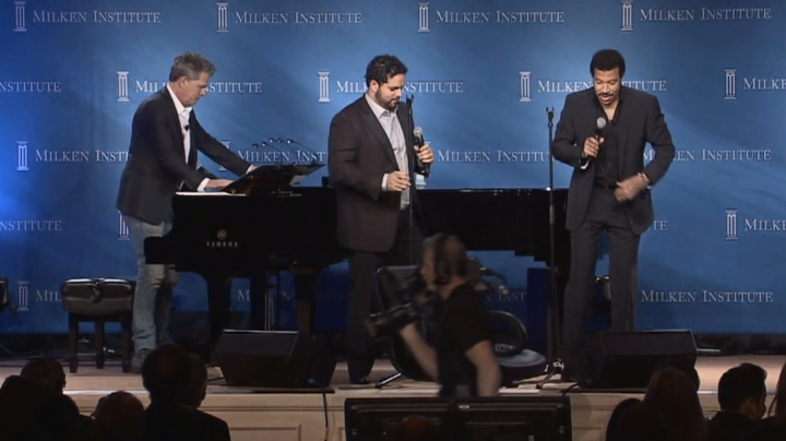 Live-Performance mit Lionel Richie & David Foster