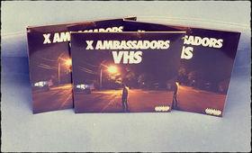 X Ambassadors, Für Platten-Liebhaber: Gewinnt eine X Ambassadors VHS Album-Vinyl-LP