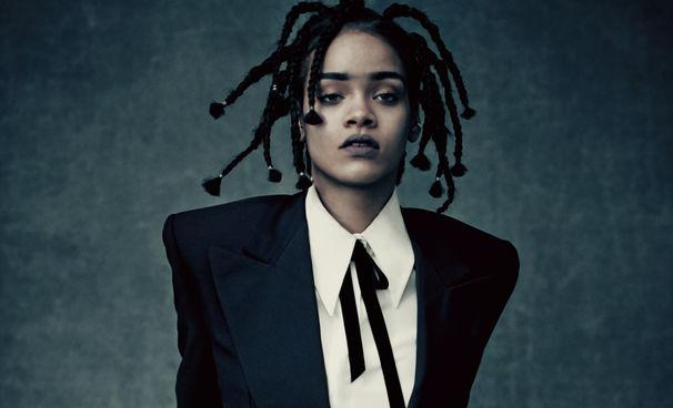 Rihanna, Rihanna tritt bei den BRIT Awards 2016 auf