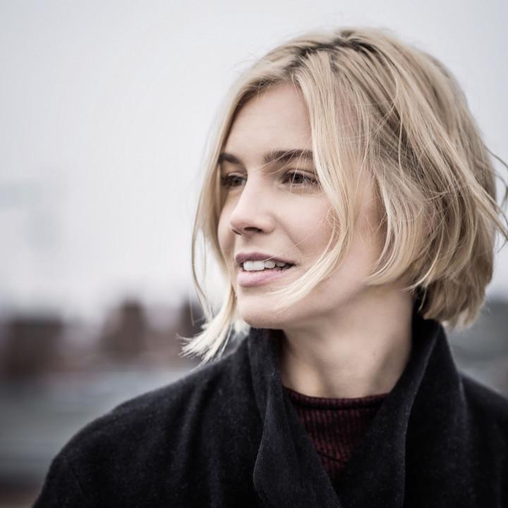 Julia Kadel Trio—Über Und Unter—2016