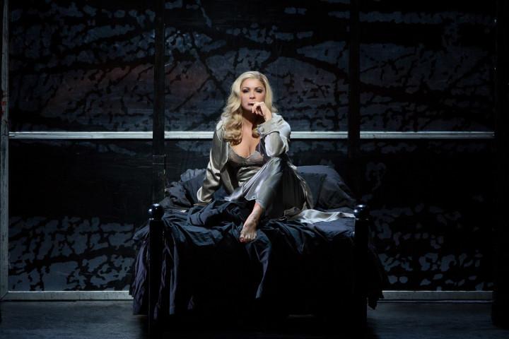 Anna Netrebko in Verdis Macbeth an der Metropolitan Opera