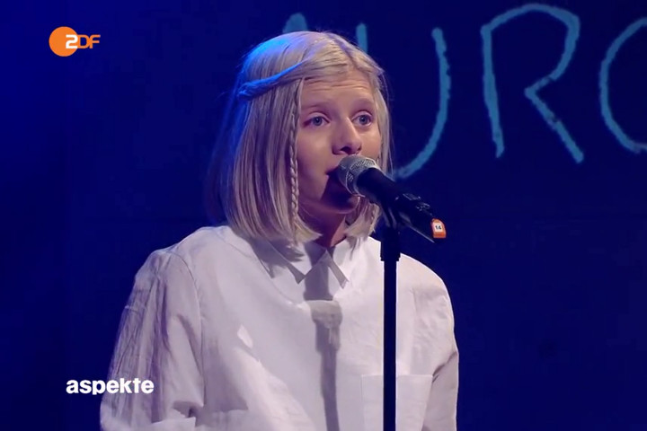"Aurora - ZDF Aspekte ""Running with The Wolves"""