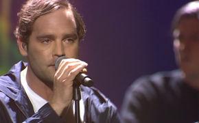 Bosse, Bosse singt auf dem ECHO 2016 seinen Song Steine
