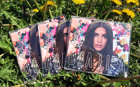 Dua Lipa, Be The One: Gewinnt hier signierte CDs von Newcomerin Dua Lipa