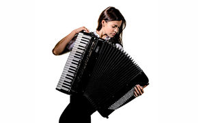 Ksenija Sidorova, Ksenija Sidorova präsentiert ihr Video zum Carmen-Medley Seguidillas/Habanera/Chanson Bohème