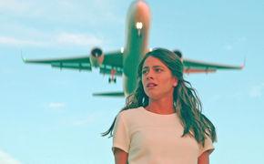 TINI, Losing The Love: TINI zeigt im neuen Video Herzschmerz, Tränen und Liebesschwüre