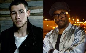 will.i.am, Inmitten der Topmodels: Nick Jonas und will.i.am performten live beim GNTM-Finale 2016