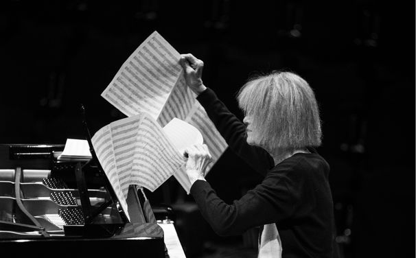 Carla Bley, Carla Bley, Andy Sheppard & Steve Swallow  - ein Piano-Trio, das aus dem Rahmen fällt