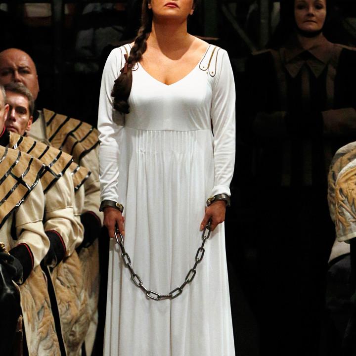 Anna Netrebko, Sächsischer Staatsopernchor Dresden
