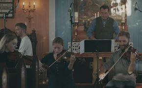 Ólafur Arnalds, Musikalische Reise über die Insel - Raddir von Ólafur Arnalds
