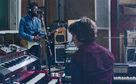 Michael Kiwanuka, Cold Little Heart von Michael Kiwanuka: Seht hier sein Live-Video zum Track aus dem Album Love & Hate
