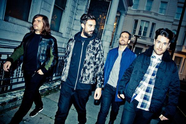 Bastille, Bastille live auf der Bühne und im BBC-Studio: Seht tolle Live-Aufnahmen in diesen beiden Videos