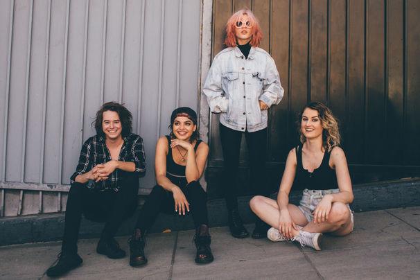 Hey Violet, Ab jetzt überall erhältlich: Hey Violet präsentieren ihre EP Brand New Moves