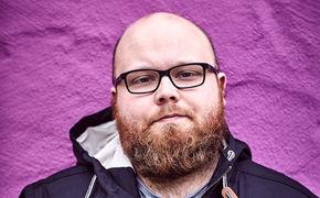Andreas Kümmert, Andreas Kümmert in Fesseln: Seht hier das Musik-Video zu Notorious Alien aus dem Album Recovery Case
