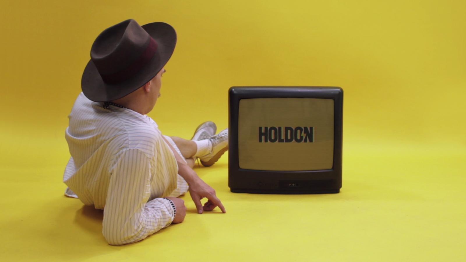 Olsson, Hold On feat. Mapei (Lyric Video)