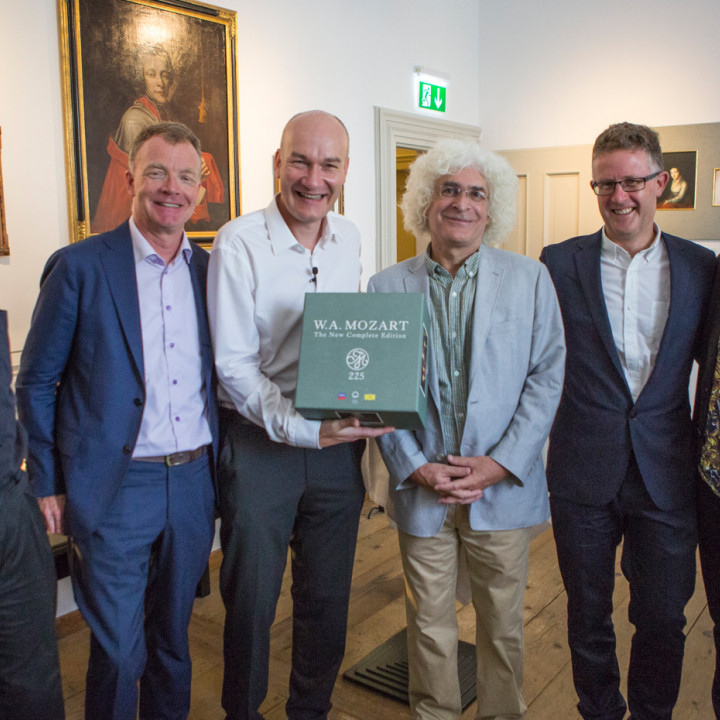 Dr. Ulrich Leisinger, Johannes Honsig-Erlenburg, Paul Moseley, Professor Cliff Eisen, Dickon Stainer, Rolando Villazón