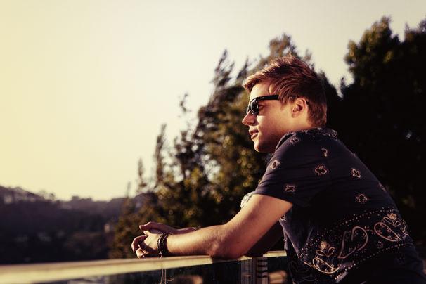 Klingande, Klingande bringt Somewhere New als Remix EP mit vier neuen Versionen heraus