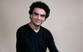 Rolando Villazón, Doppelt hält besser – Rolando Villazón wurde in Bremen gleich zweifach geehrt