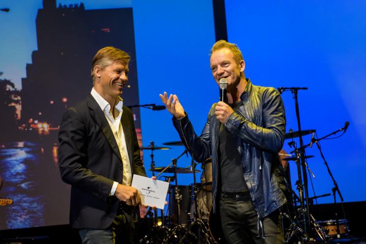 Frank Briegmann und Sting eröffnen UNIVERSAL INSIDE 2016