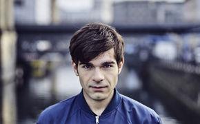Elias Hadjeus, Wir brauchen nichts.: Elias Hadjeus veröffentlicht sein Debütalbum