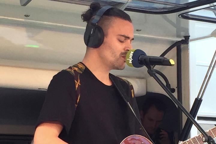 Alex Vargas live 2016