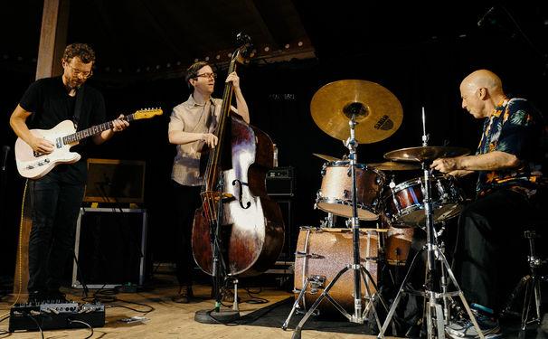 Jakob Bro, Jakob Bro Trio - Musik, die in alle Richtungen offen ist